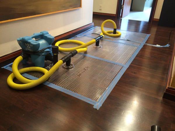 Floor drying mat photo-a